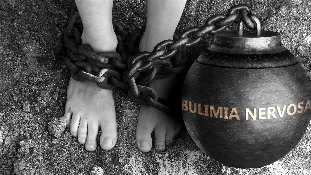 Bulimia-effects-teeth-help-carlisle-dentist